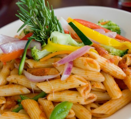 Penne with vegetables