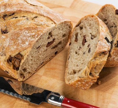 Ψωμί με ελιές