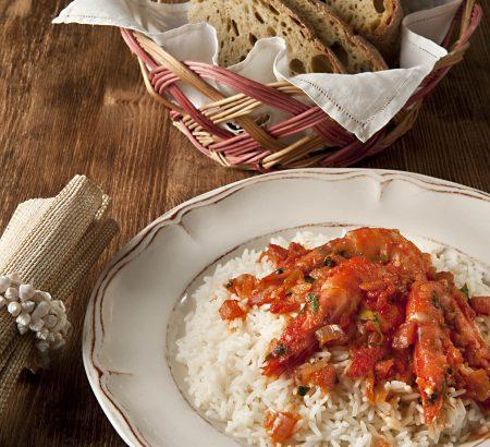 Shrimp with tomato sauce