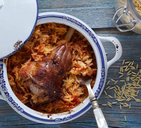 Traditional lamb casserole (Giouvetsi)