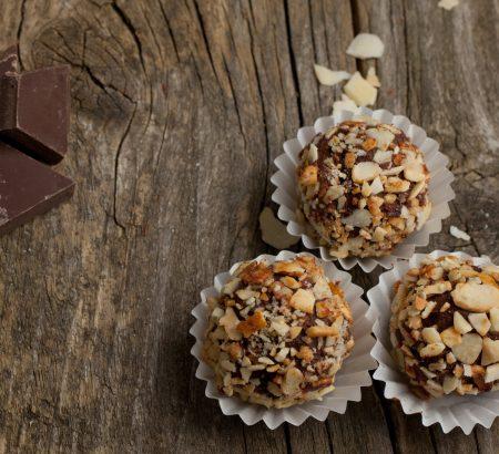Tρουφάκια με σοκολάτα και κάστανο