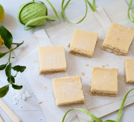 Lemon Bars with buttery biscuit base
