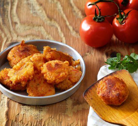 Tomato balls with mashed potatoes