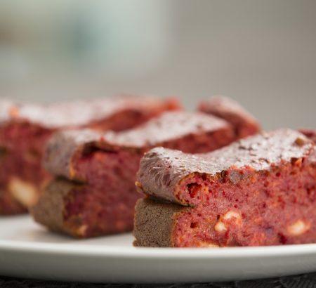 Αλμυρό κέικ με ανθότυρο, παντζάρι και ΤΟΠ Κρέμα Βαλσάμικου