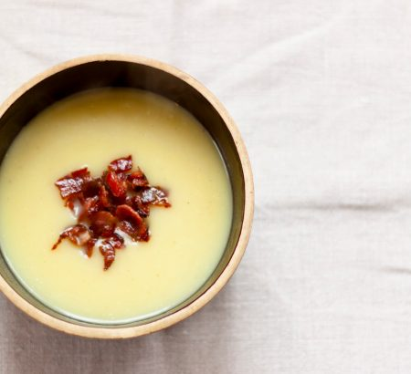 Σούπα βελουτέ με σέλινο και μπέικον