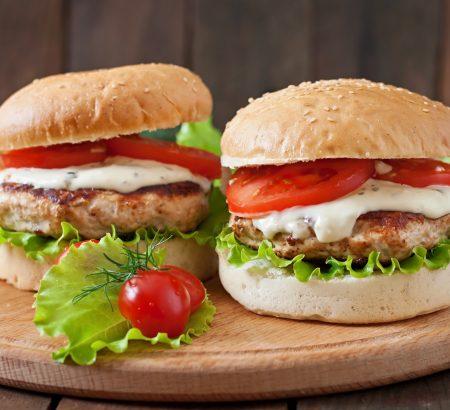 Turkey burger with Horio feta sauce