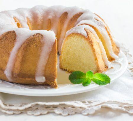 Butter cake with lemon glaze
